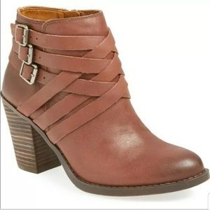 Lucky Brand Leather Heeled Booties Sz 10M